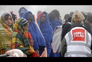 France : le démantèlement de la jungle de Calais se poursuit