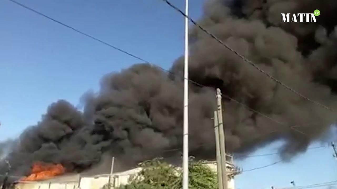 Un incendie déclenché dans une usine de textile à Lahrawiyine à Casablanca
