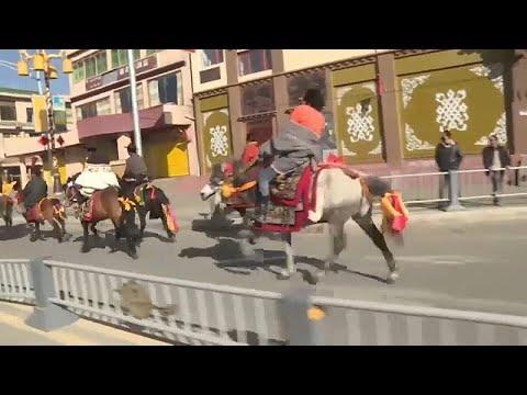 Au Tibet, on célèbre le Nouvel An au petit trot